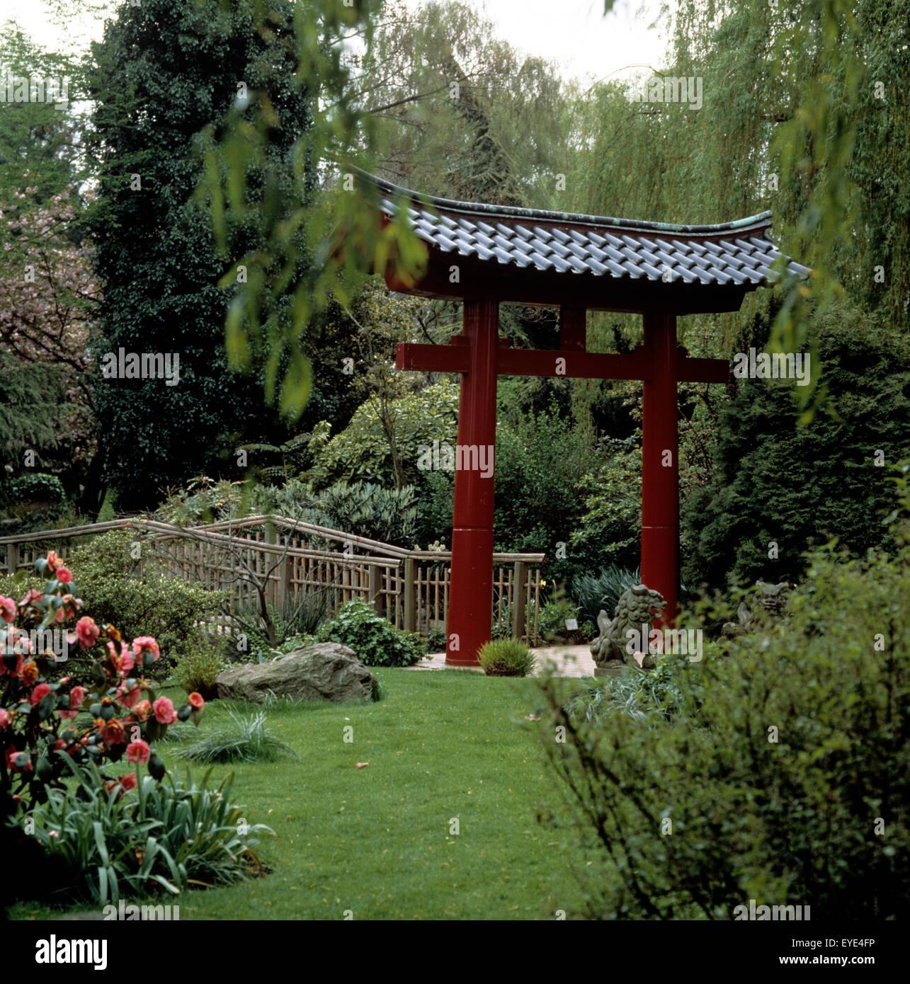 Gartenlandschaft garten leverkusen basel landschaft for Leverkusen garten