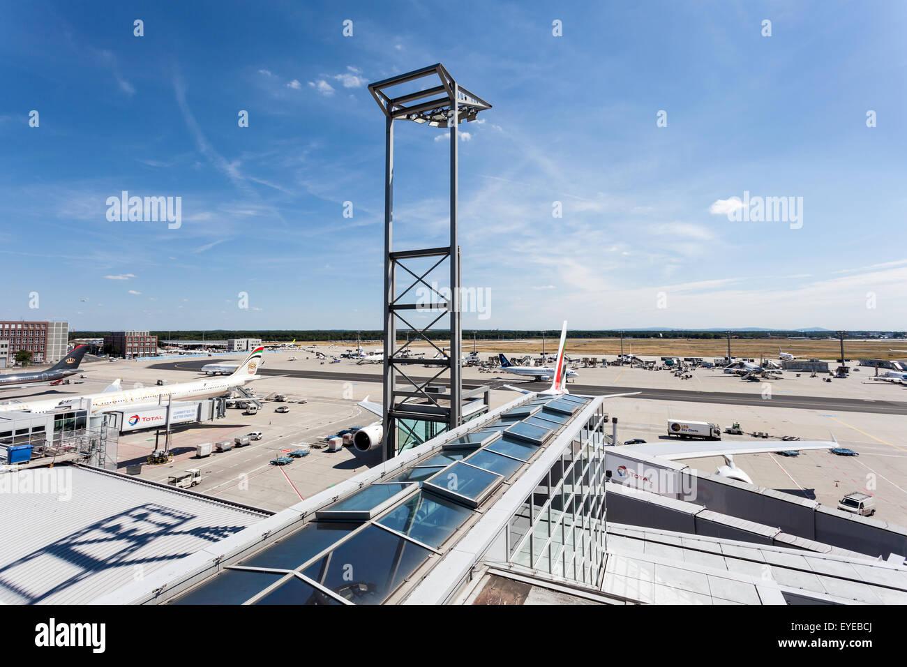 Start Und Landebahn Blick Von Der Besucherterrasse Am Frankfurt