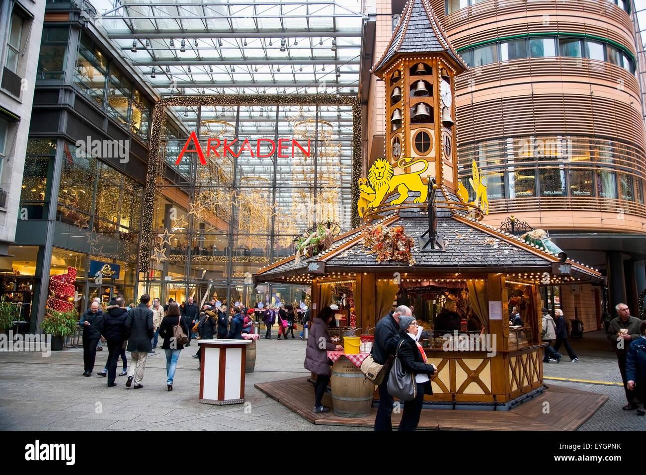 Deutschland, Berlin, Verkaufsständen, festliche Speisen und Getränke ...