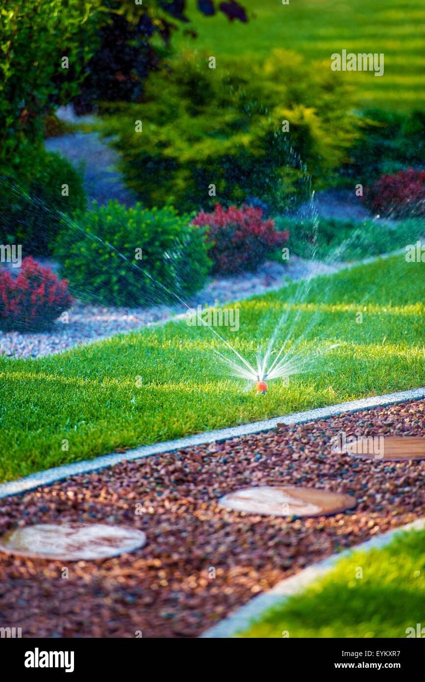 Garten Automatische Bewasserung System Schone Neu Gestaltete Garten