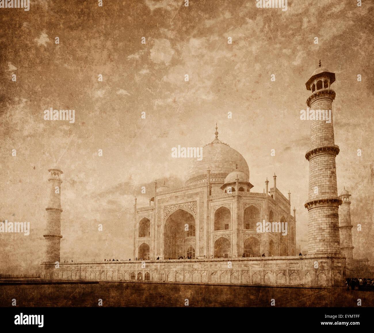 Taj Mahal indisches Symbol - Indien Reisen Hintergrund mit Grunge Texturen überlagert. Agra, Indien Stockbild