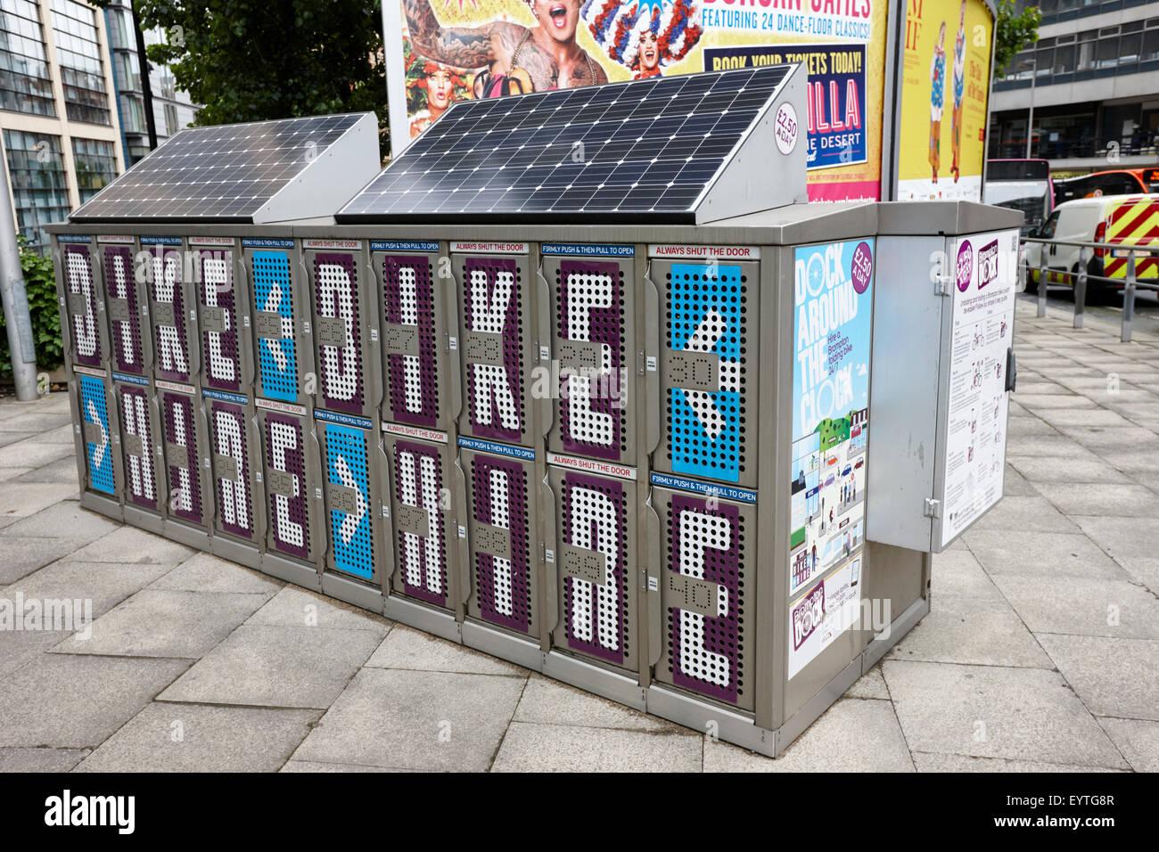 Brompton folding Fahrradverleih dock Manchester England UK Stockbild