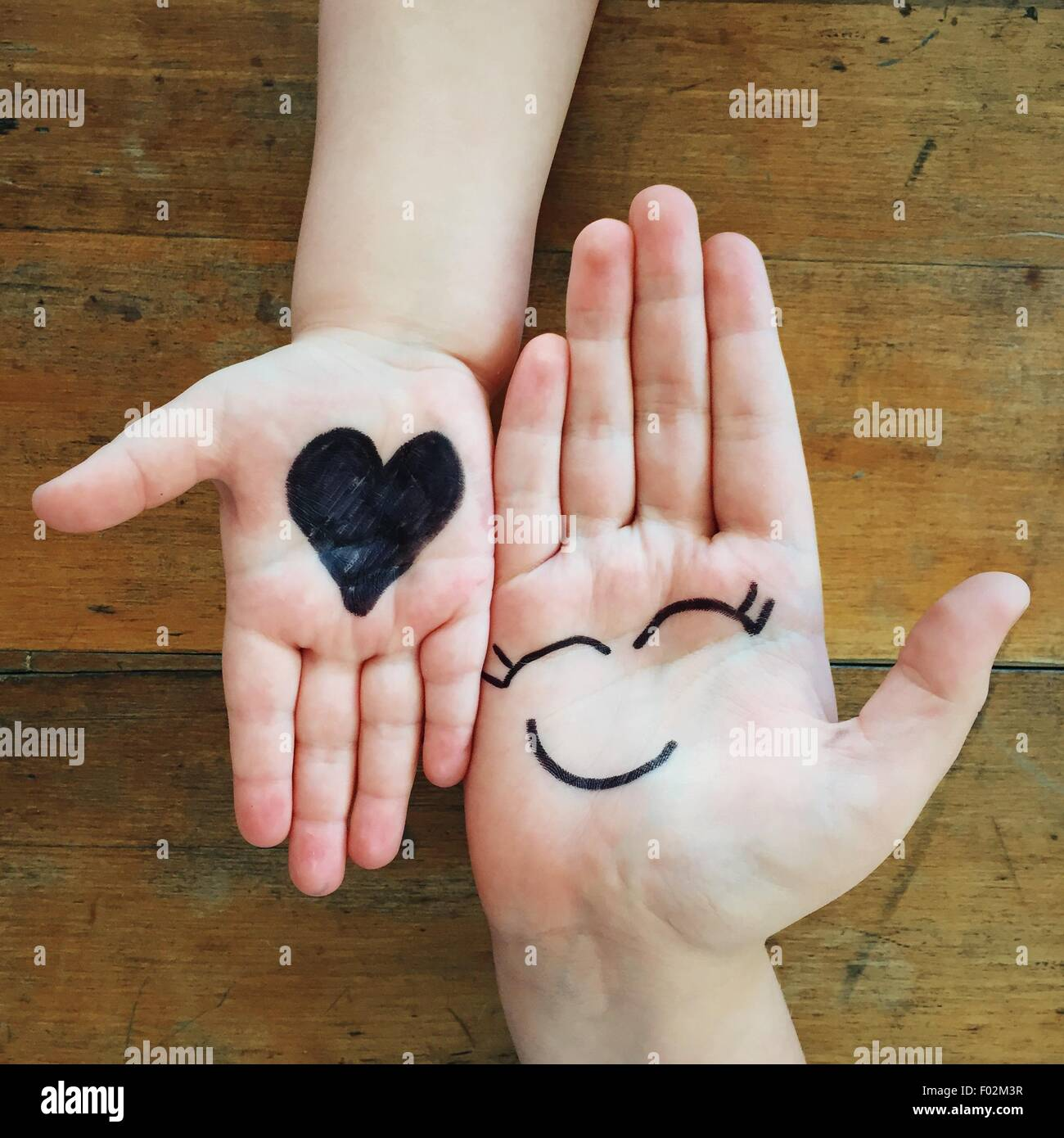 Liebe und Glück Hände Stockbild