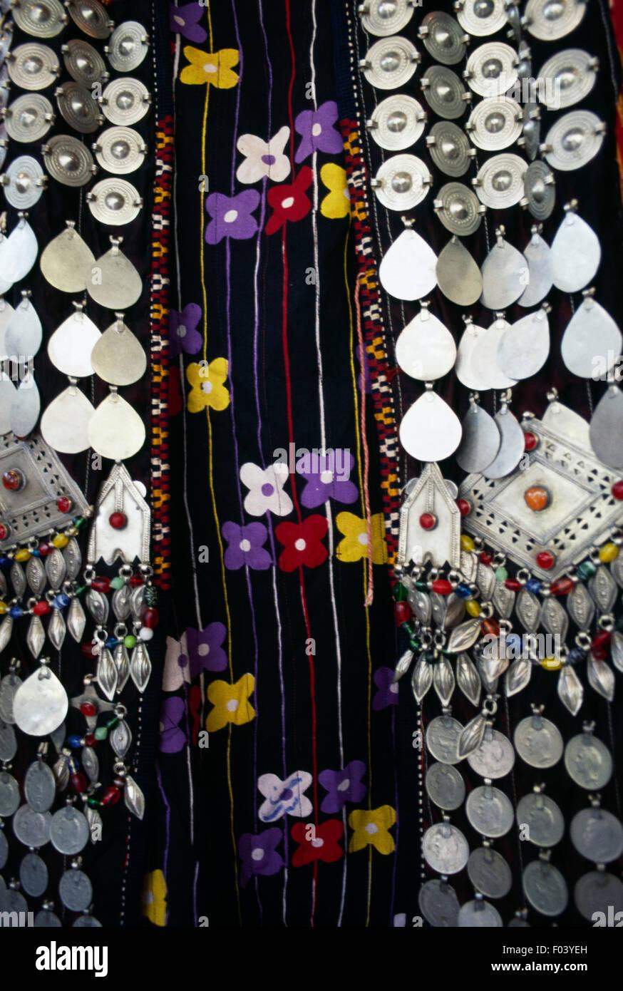 Dekoration Auf Eine Kurdische Hochzeitskleid Van Turkei