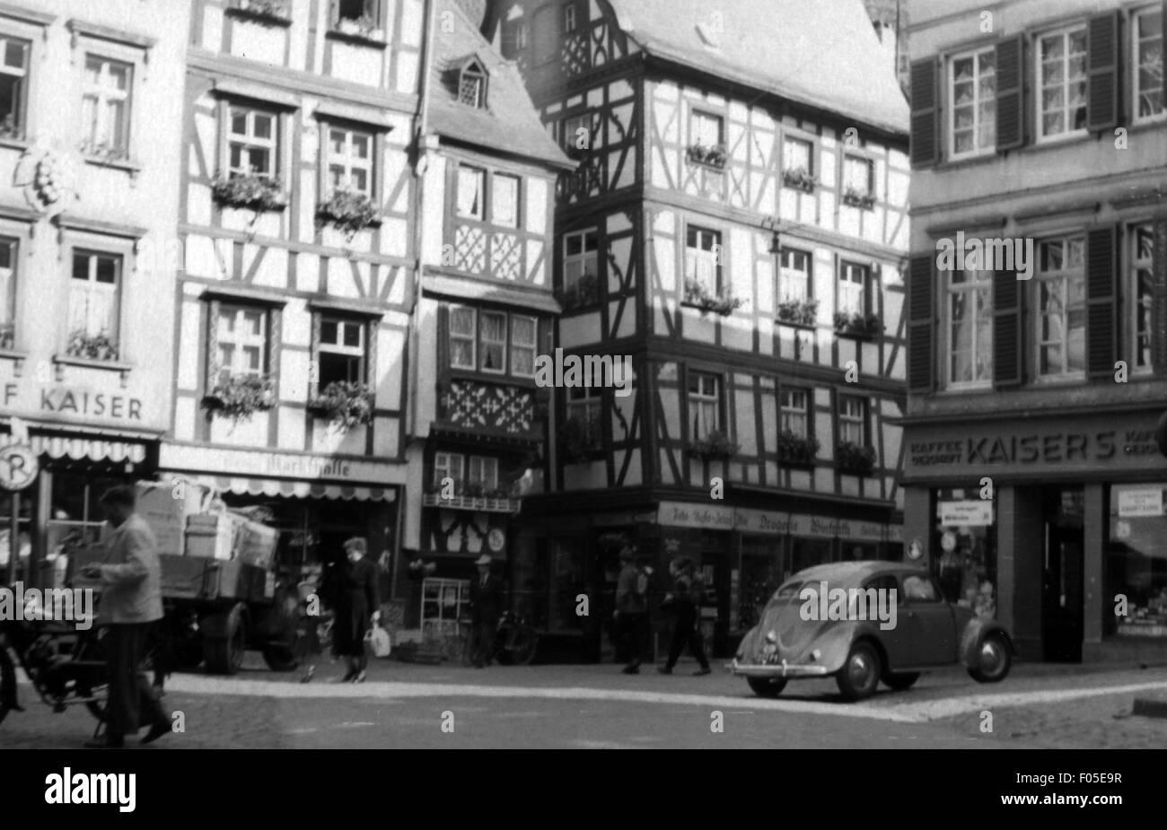 Geographie/Reisen, Deutschland, Rheinland-Pfalz, Bernkastel, Plätze, Marktplatz, erste Hälfte der 1950er Stockbild