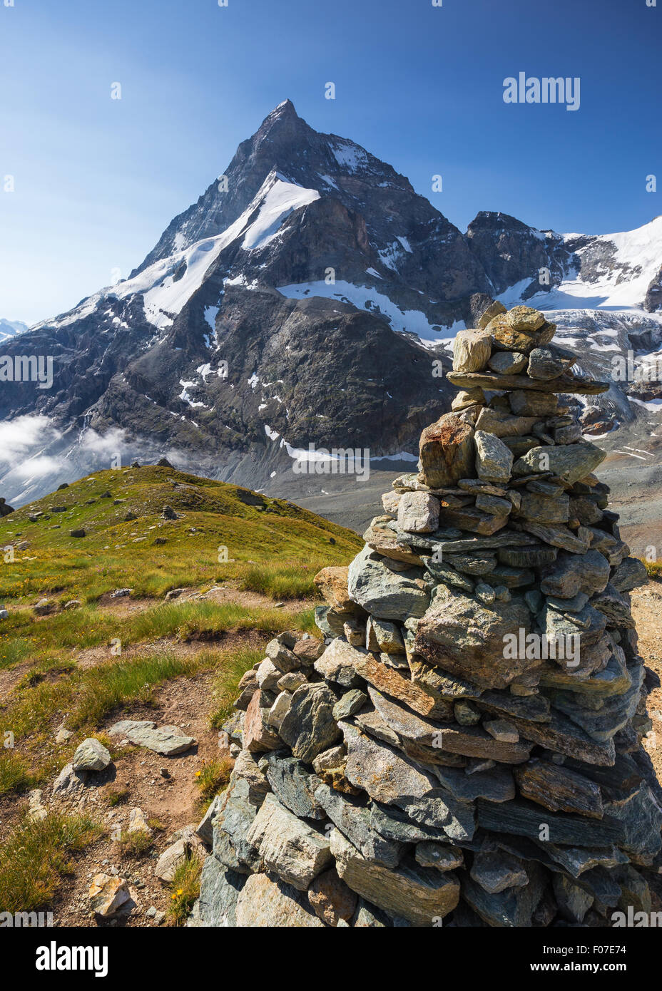 Mount Matterhorn (Cervino). Wanderweg.  Zermatt.  Schweiz. Stockbild