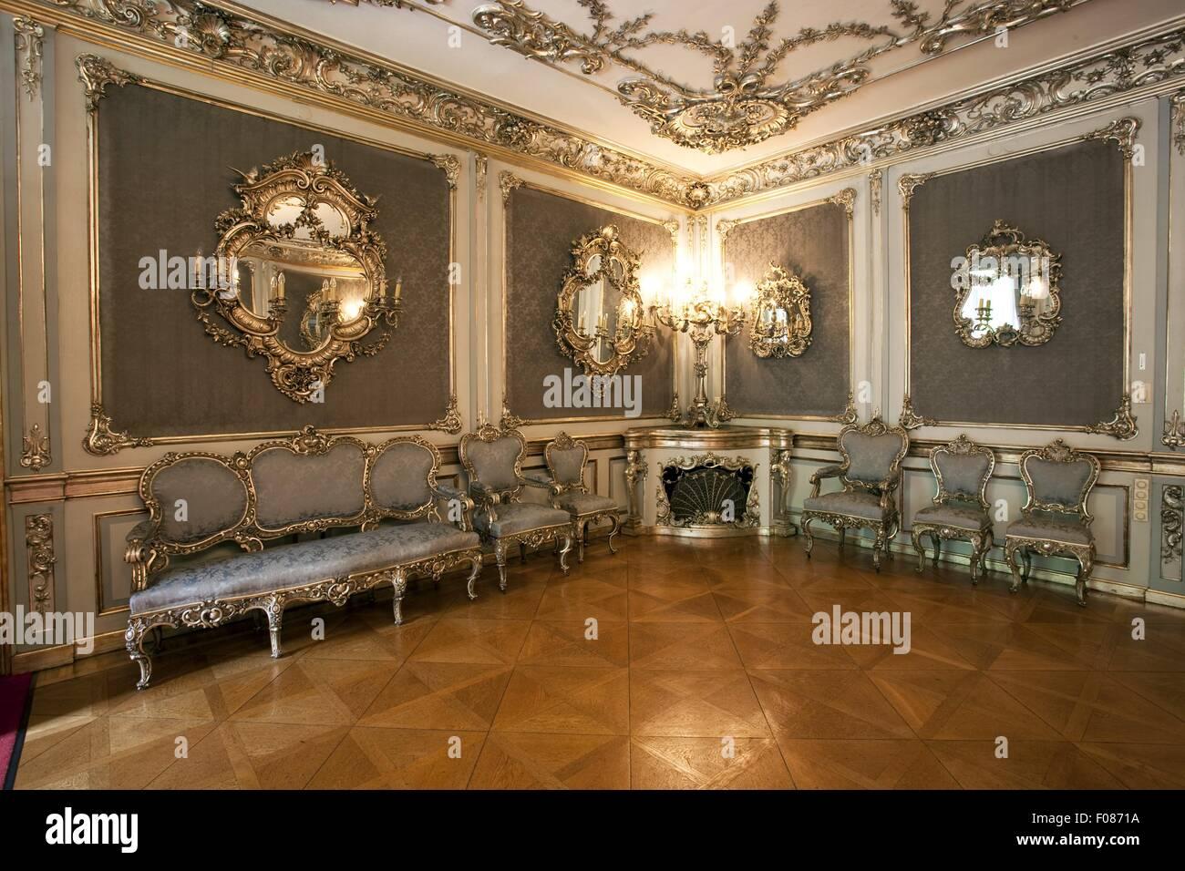 vergoldete spiegel in schloss st emmeram in regensburg deutschland stockfoto bild 86232982. Black Bedroom Furniture Sets. Home Design Ideas