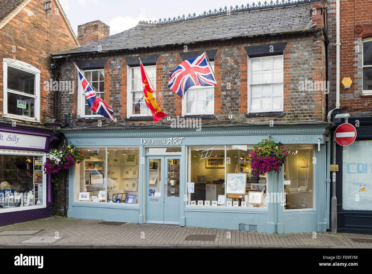 Die Dolphin-Galerie, Marktplatz, Wantage, Oxfordshire, Vereinigtes Königreich. Stockfoto