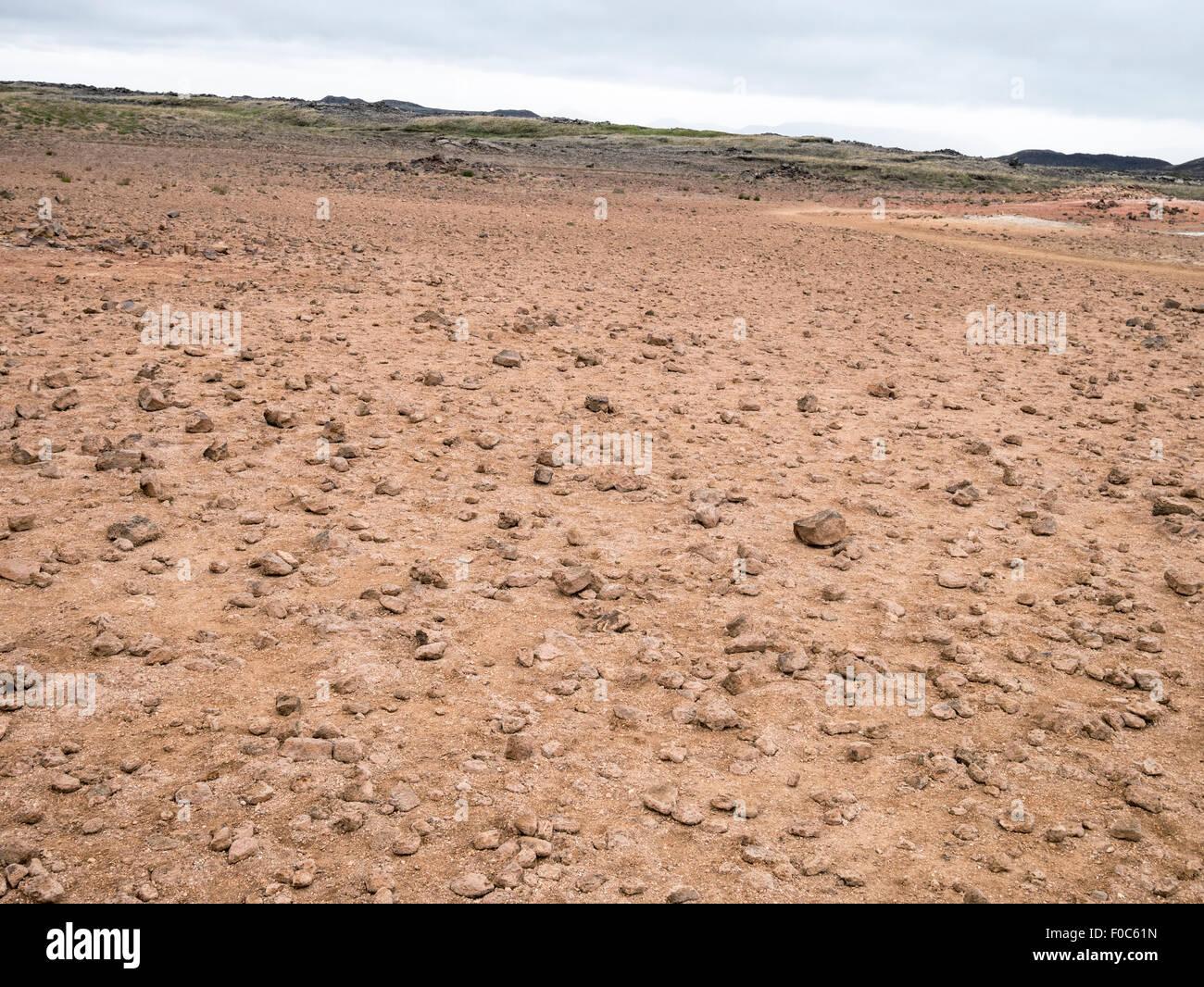 Mondlandschaft am Namafjall hohe Temperatur geothermische Gebiet mit Fumarolen, Schlammtöpfe und schwefelablagerungen Stockbild