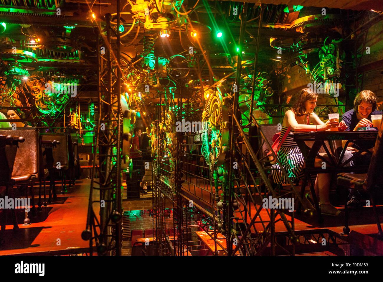 Cross Club, Musik Club, Nachtleben, Prag Holesovice, Tschechische Republik Stockbild