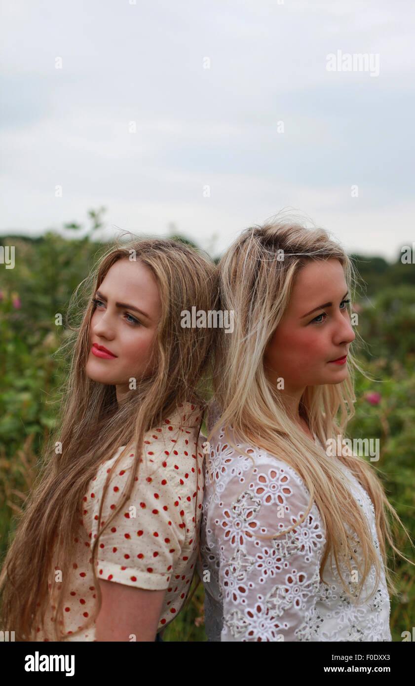 blond behaart