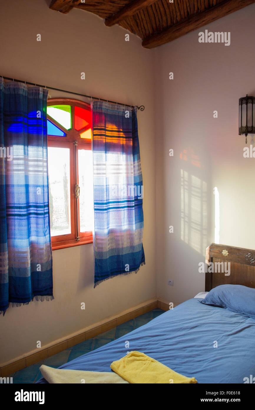 Schöne authentische arabische Schlafzimmer in ein traditionelles ...