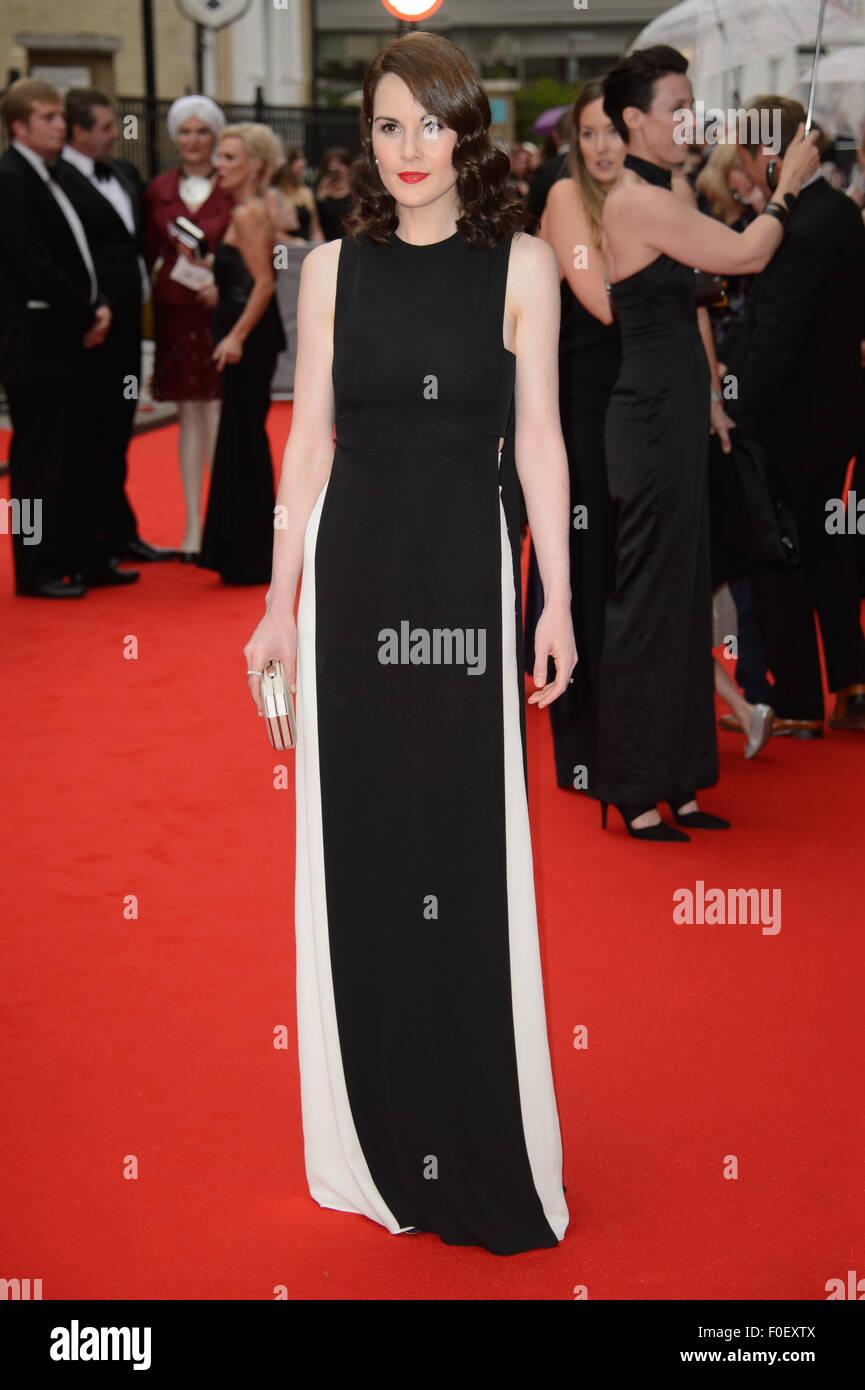Michelle Dockery kommt für den BAFTA feiert Downton Abbey Stockbild
