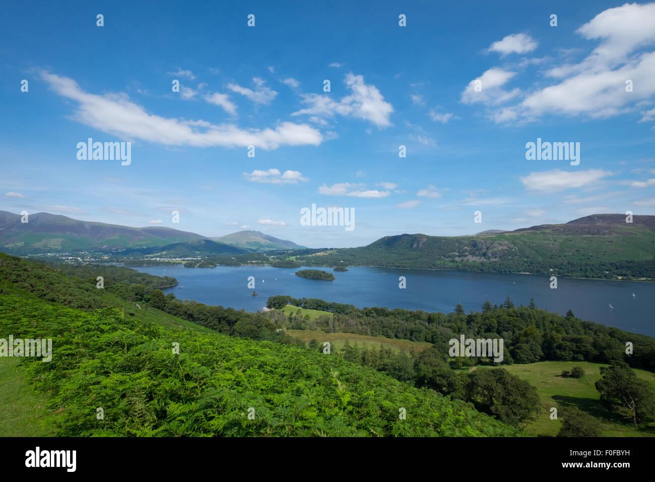 Die Ansicht des Derwentwater aus Catbells fiel in der Nähe von Keswick im Lake District Stockbild
