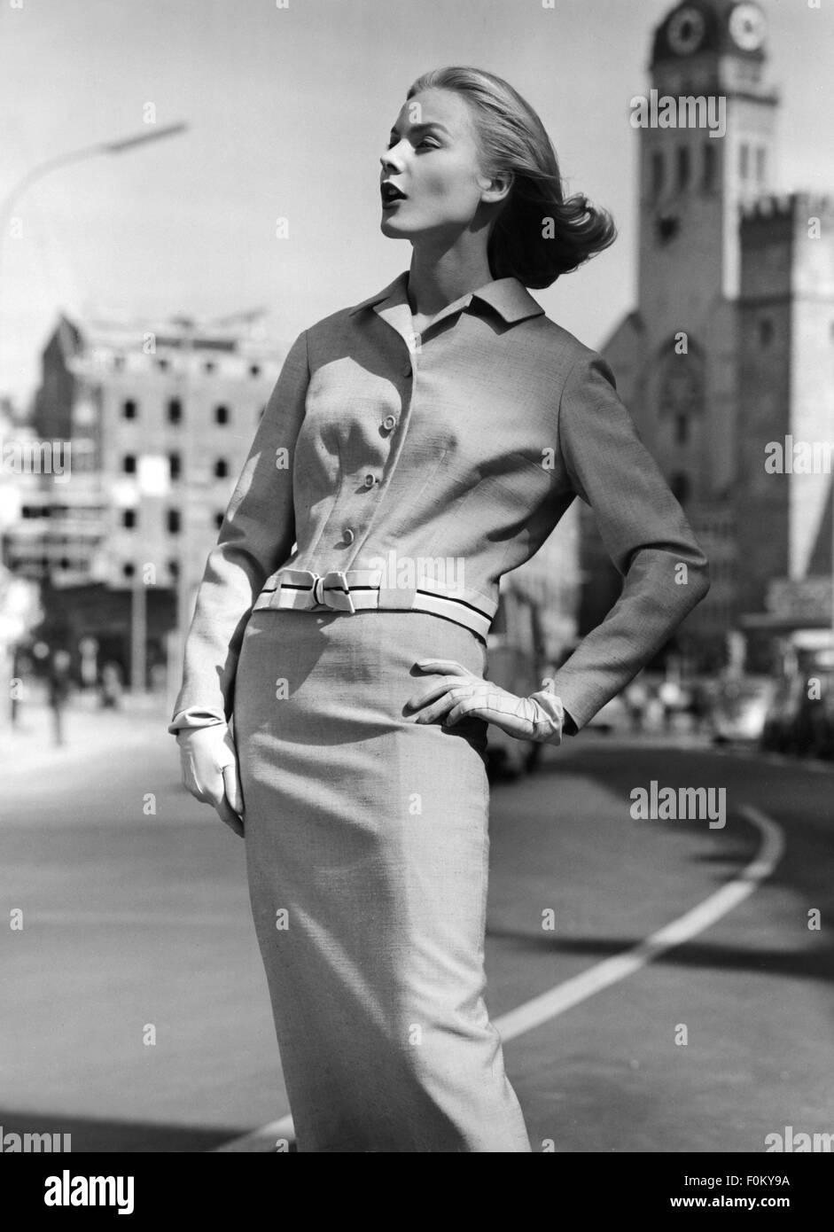 50s Fashion Hairstyle Stockfotos & 50s Fashion Hairstyle
