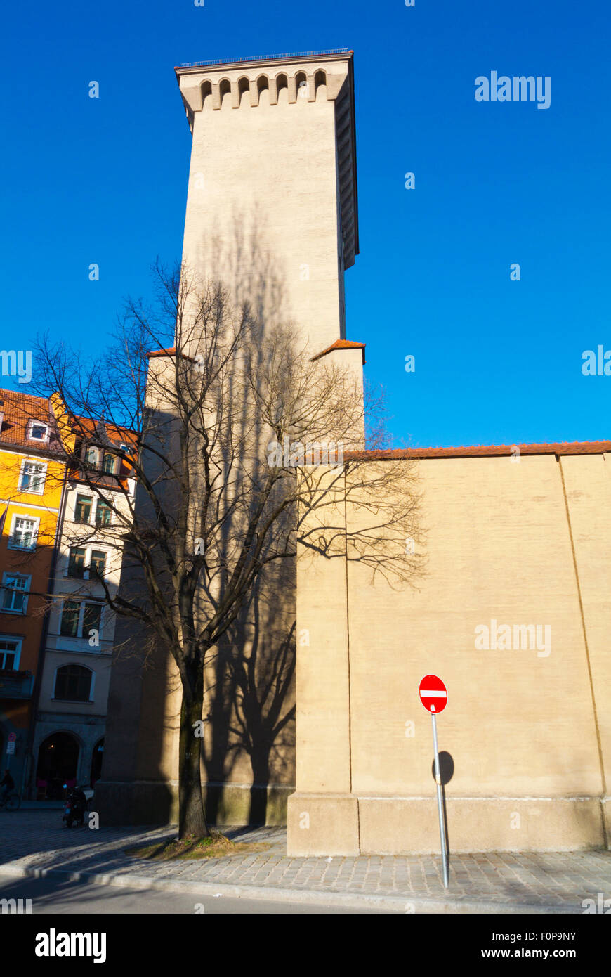 Isartor, eines der vier Tore, alte Stadt, Isartorplatz, zentrale München, Bayern, Deutschland Stockbild