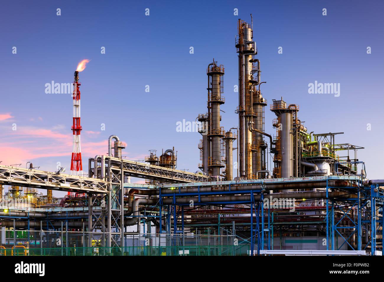 Öl-Raffinerien in Kawasaki, Kanagawa, Japan. Stockbild