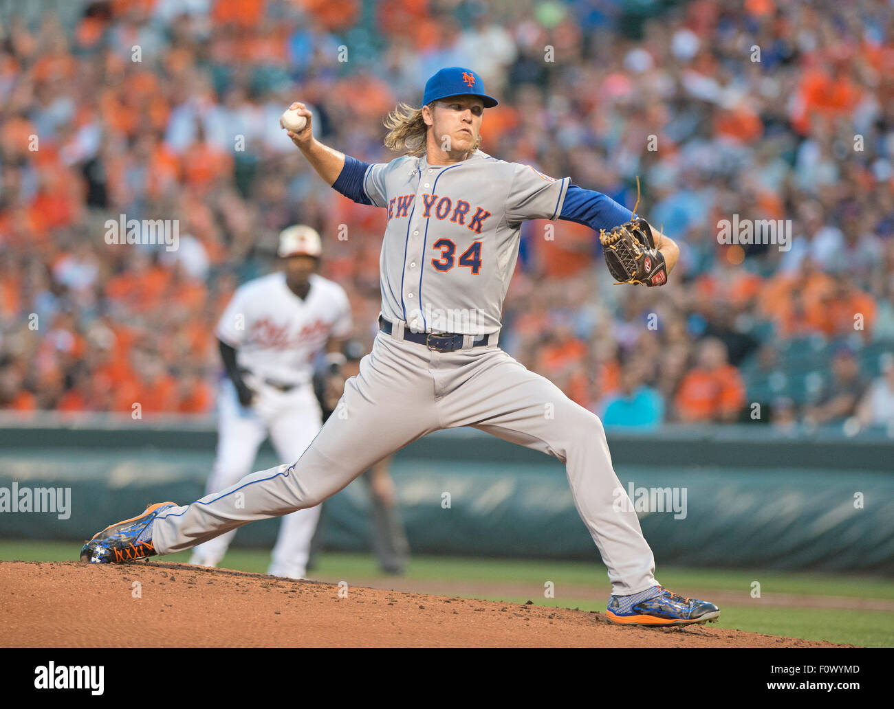 Ab New York Mets Krug Noah Syndergaard (34) arbeitet im ersten Inning gegen die Baltimore Orioles an Oriole Park Stockbild