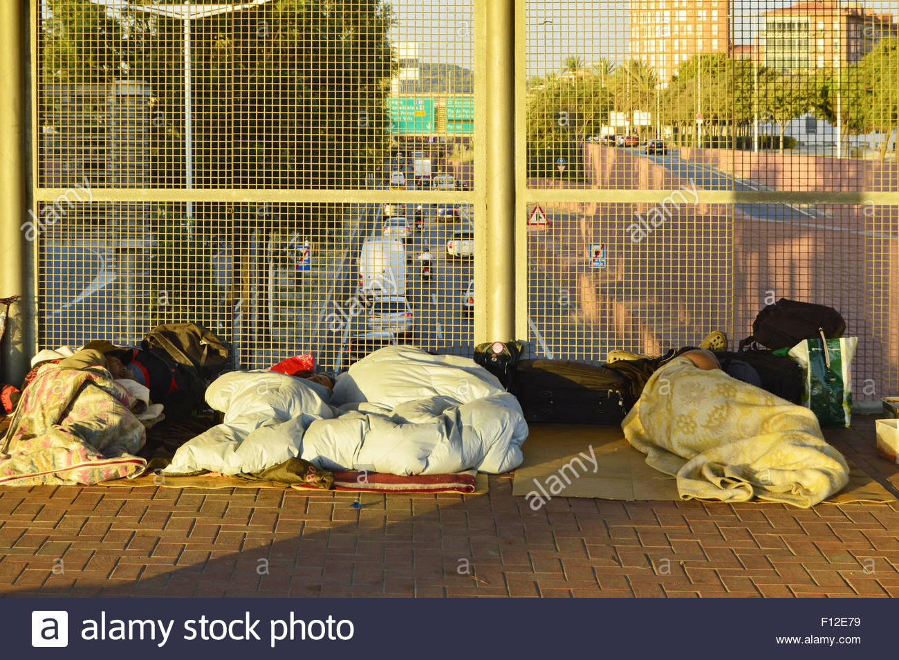 homeless people spain stockfotos homeless people spain bilder alamy. Black Bedroom Furniture Sets. Home Design Ideas