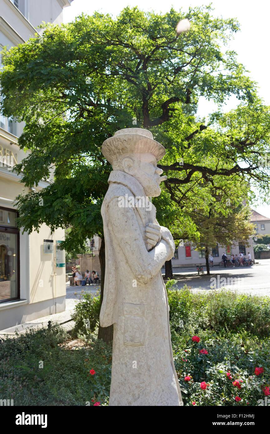 Statue der Illustrator und Fotograf Heinrich Zille, Nikolaiviertel, Berlin, Deutschland Stockbild
