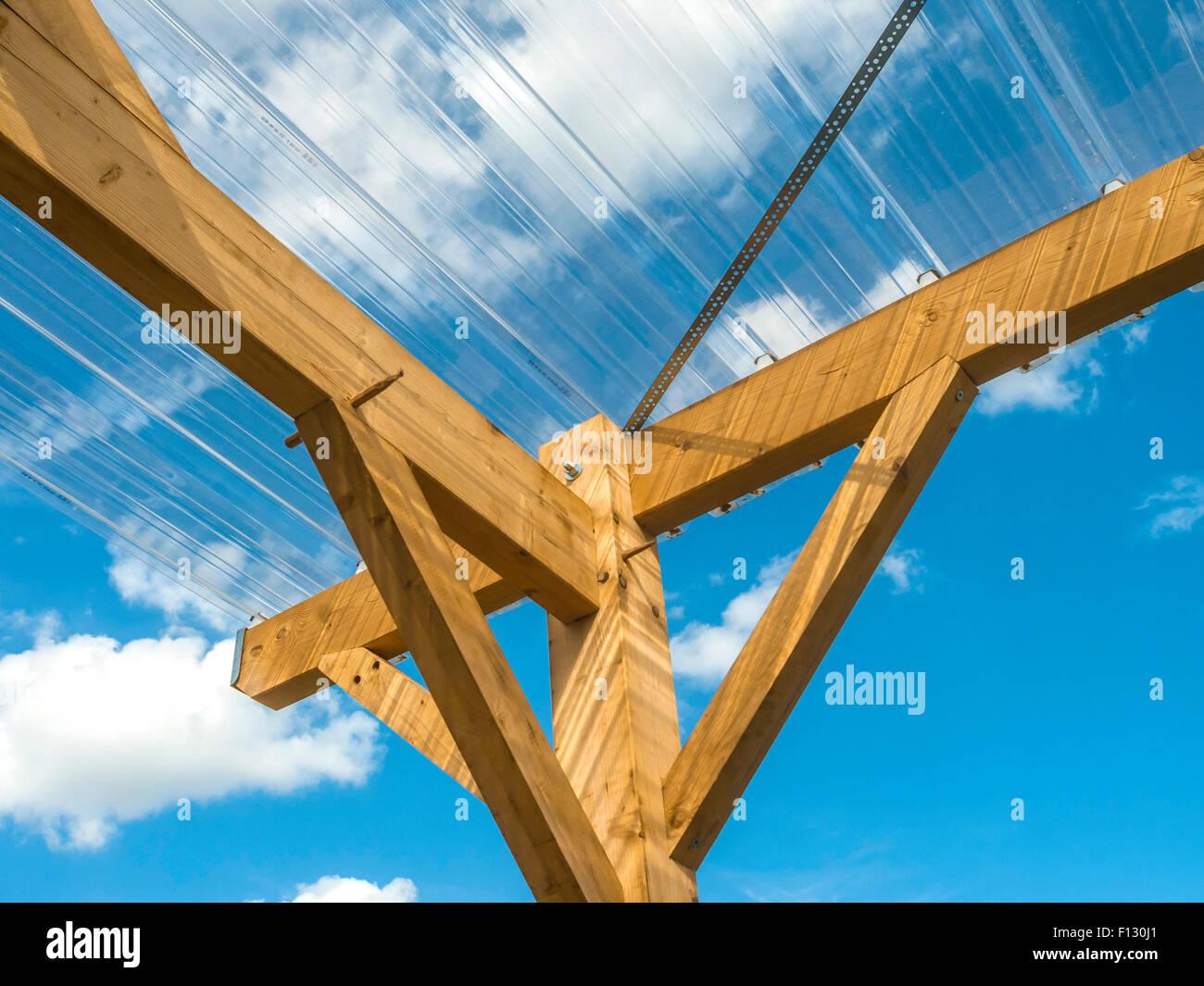 Outdoor Tierheim Fachwerk Mit Gewellten Kunststoff Dach Frankreich