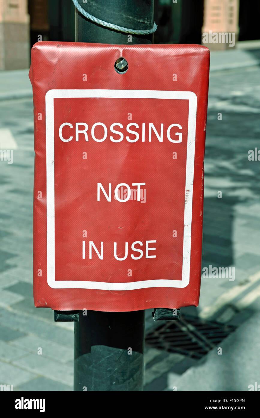Kreuzungen nicht in Verwendung Zeichen Stockbild