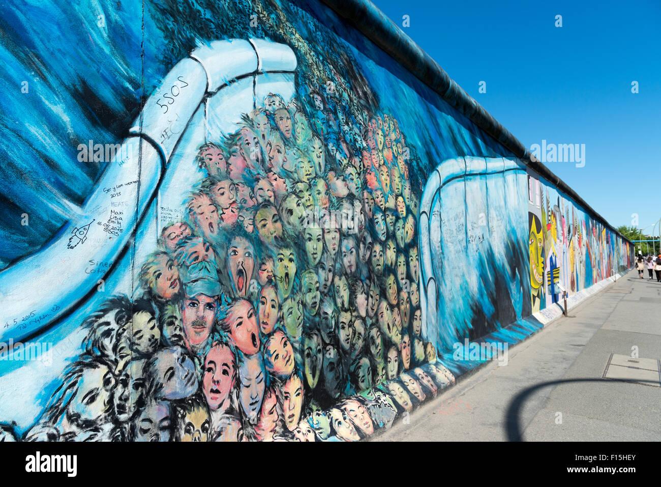 Die Berliner Mauer East Side Gallery, Berlin, Deutschland Stockbild