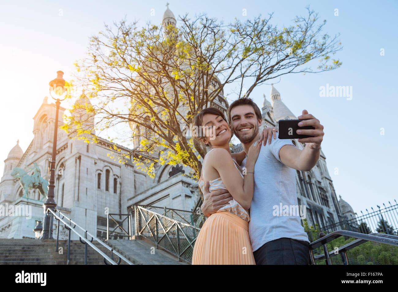 Paris, paar Partnersuche in Montmartre Stockbild
