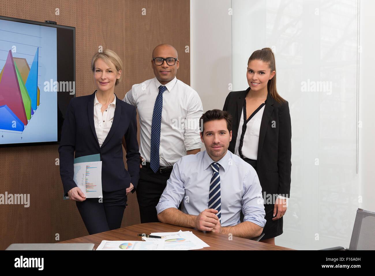 Porträt einer Unternehmensgruppe Menschen Stockbild