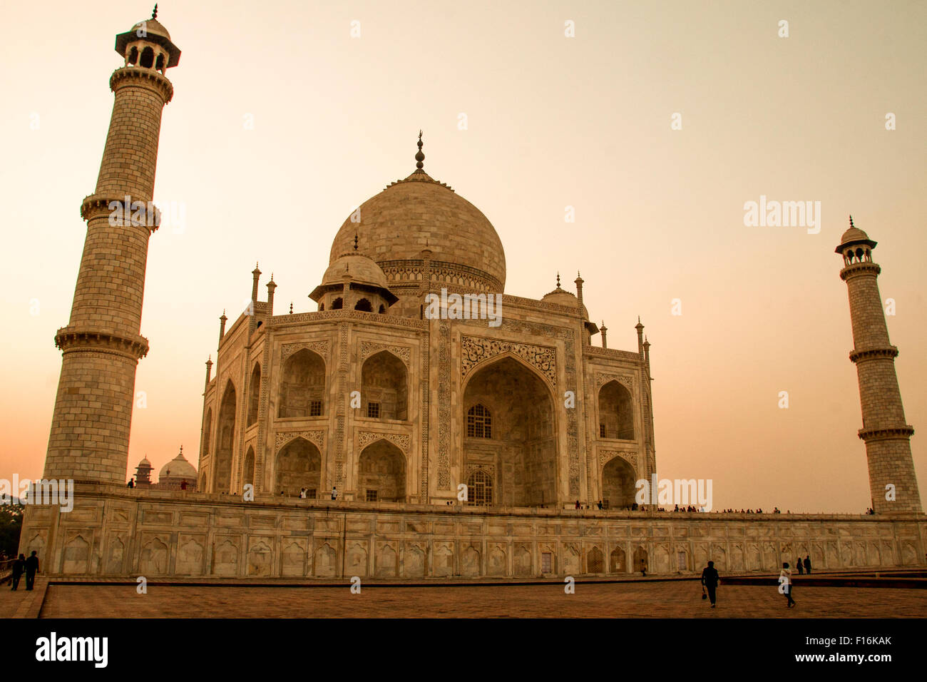Taj Mahal bei Sonnenuntergang, Agra, Indien. Stockbild
