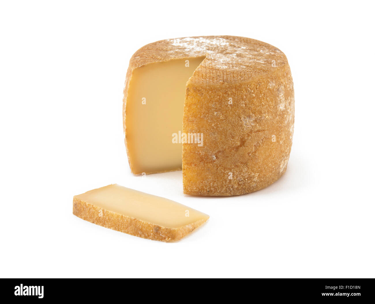 Spanischer Käse mit einer Portion isoliert auf weiss Stockbild
