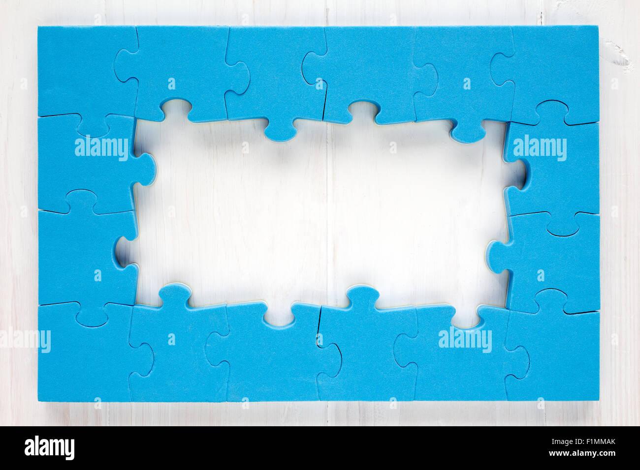 Jigsaw Puzzle Frame Stockfotos & Jigsaw Puzzle Frame Bilder - Alamy