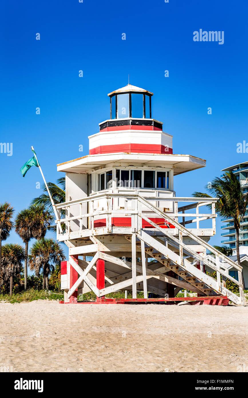Bunte Rettungsschwimmer-Turm in South Beach, Miami Beach, Florida, Vereinigte Staaten Stockbild