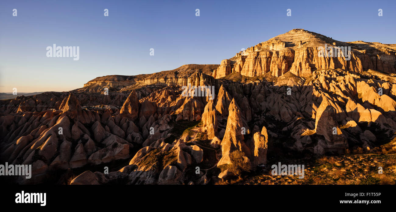 Red Valley bei Sonnenuntergang, Kappadokien, Anatolien Region, Türkei, Kleinasien, Eurasien Stockbild