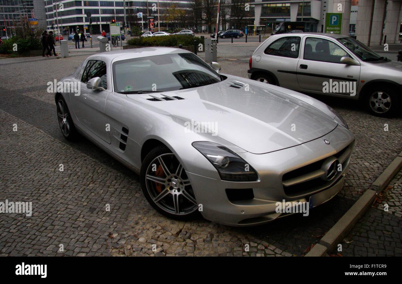 Mercedes Benz Sports Car Stockfotos & Mercedes Benz Sports Car ...