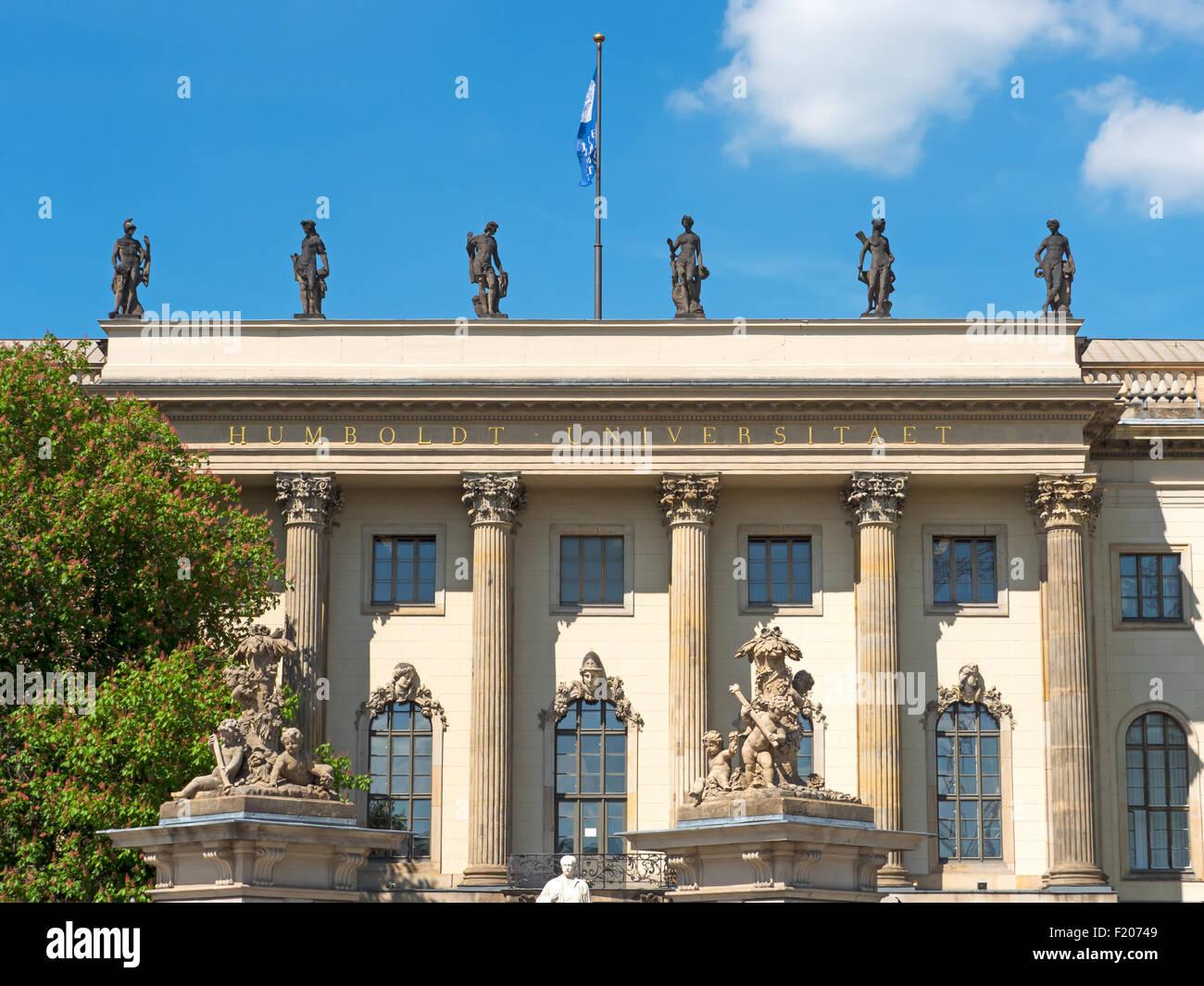 Fassade der Humboldt-Universität zu Berlin Stockbild