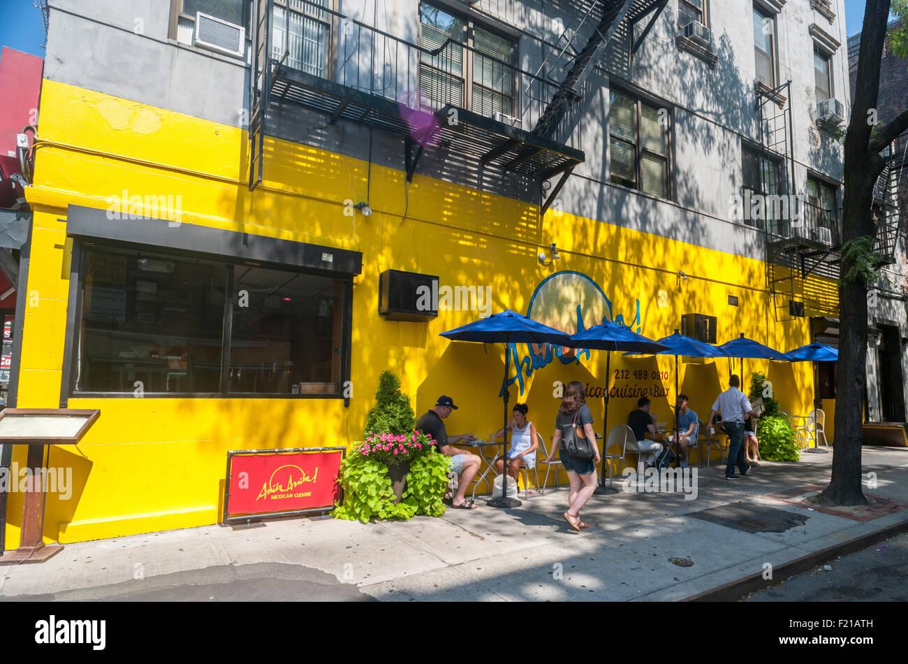 Hell\'s Kitchen New York Restaurant Stockfotos & Hell\'s Kitchen New ...