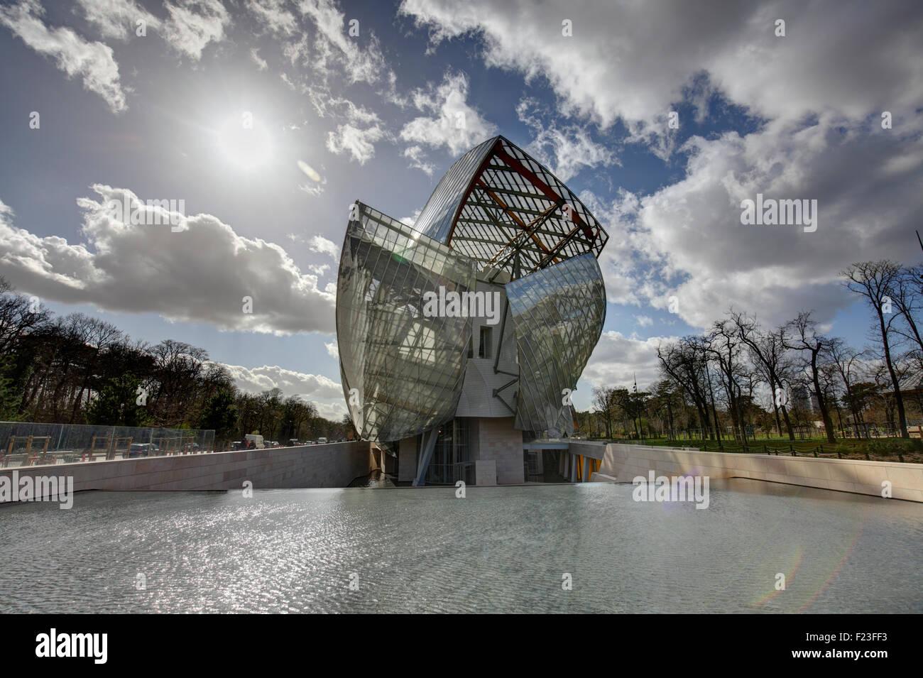 Die moderne Architektur des Louis Vuitton Foundation von Frank Gehry, Paris, Frankreich Stockbild