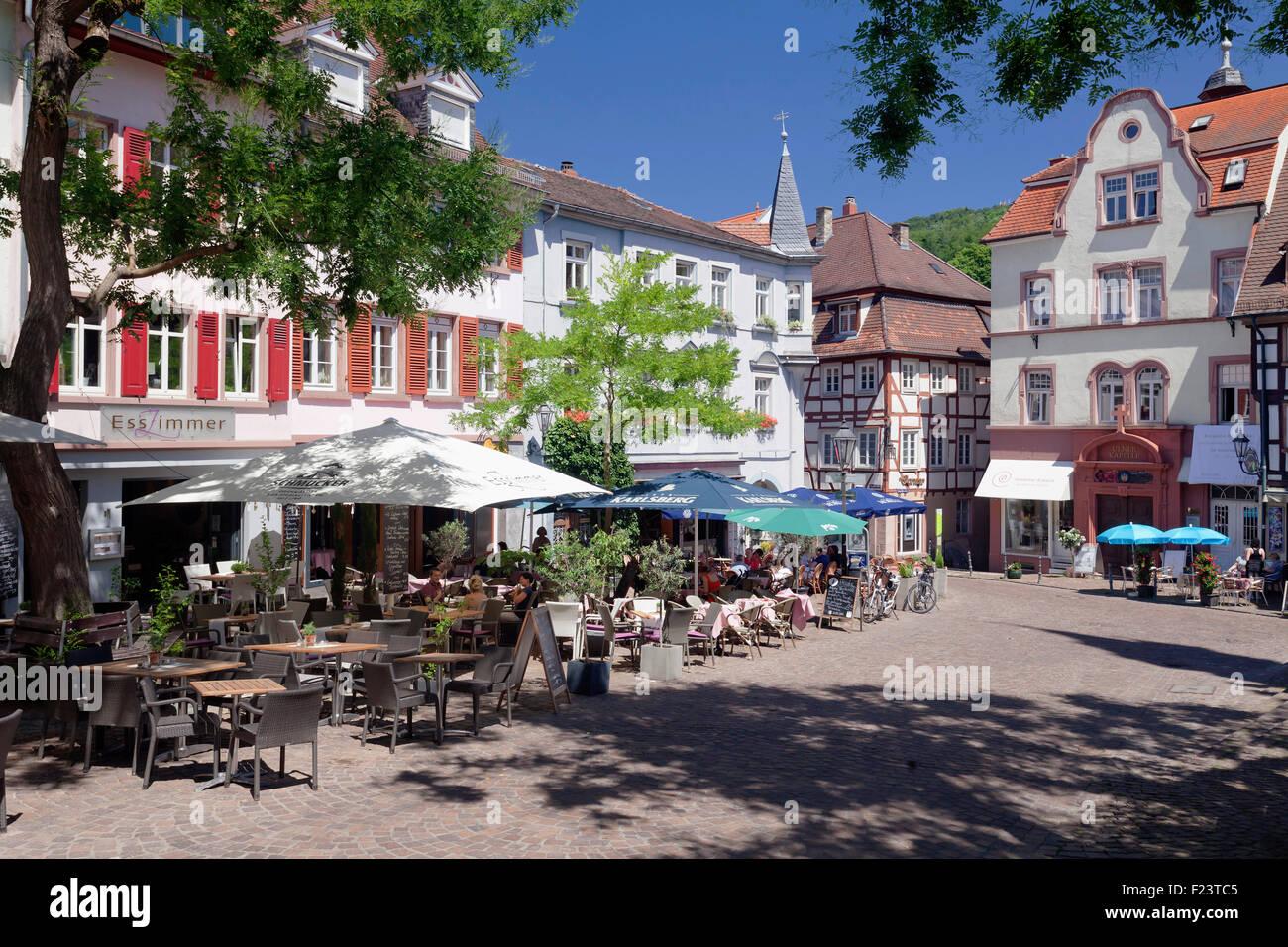 Straßencafés auf dem Marktplatz Weinheim Baden