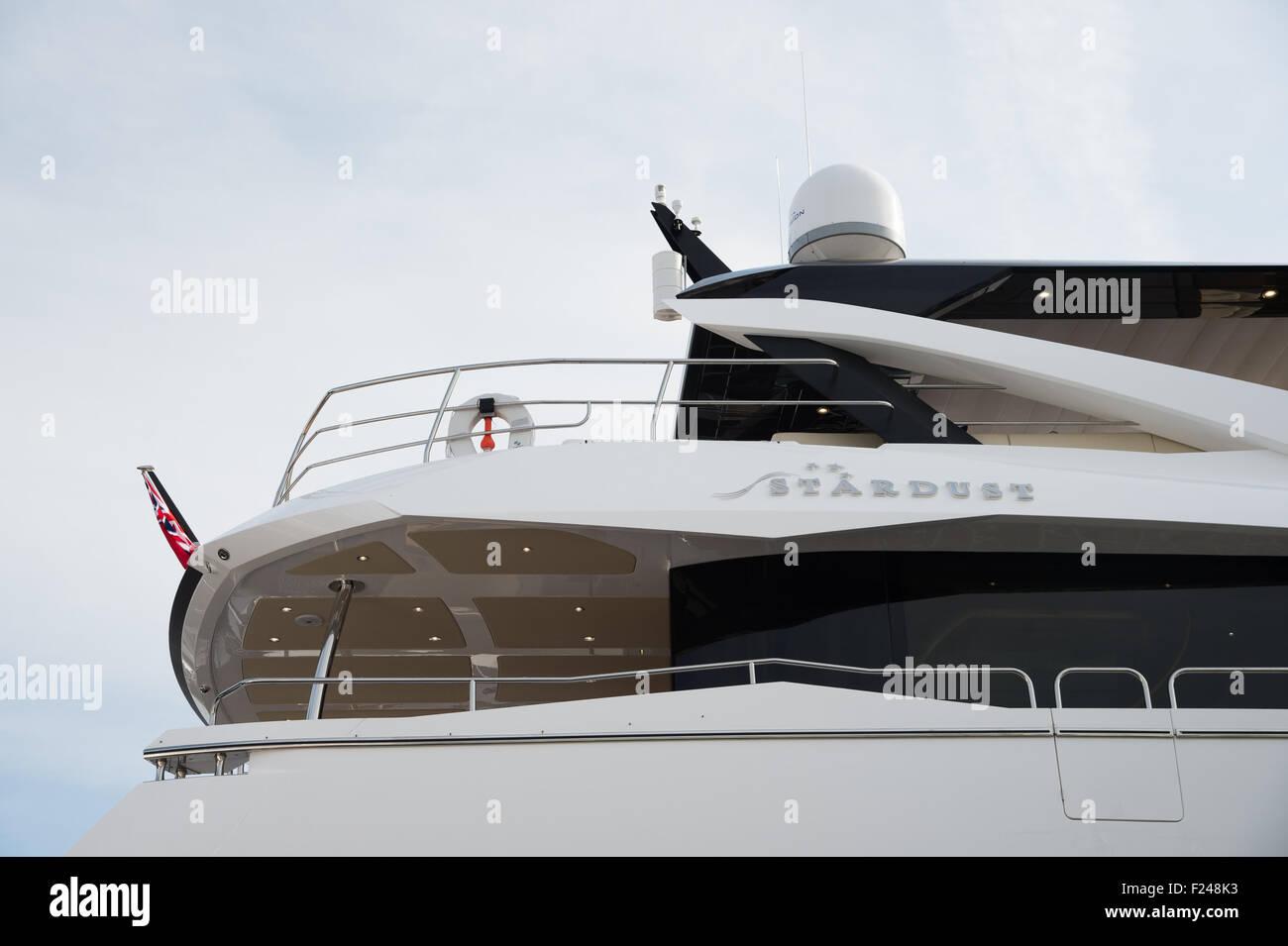 Southampton, UK. 11. September 2015. Southampton Boat Show 2015. Die Sunseeker Yacht Stardust auf ihrem Stand auf Stockfoto
