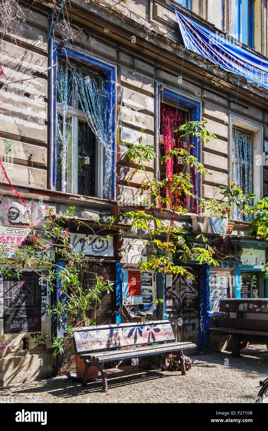 KA86 hocken. Ein altes historisches Haus von Hausbesetzern, besetzt eine alternative Wohnprojekt von Bewohnern gegen Stockbild