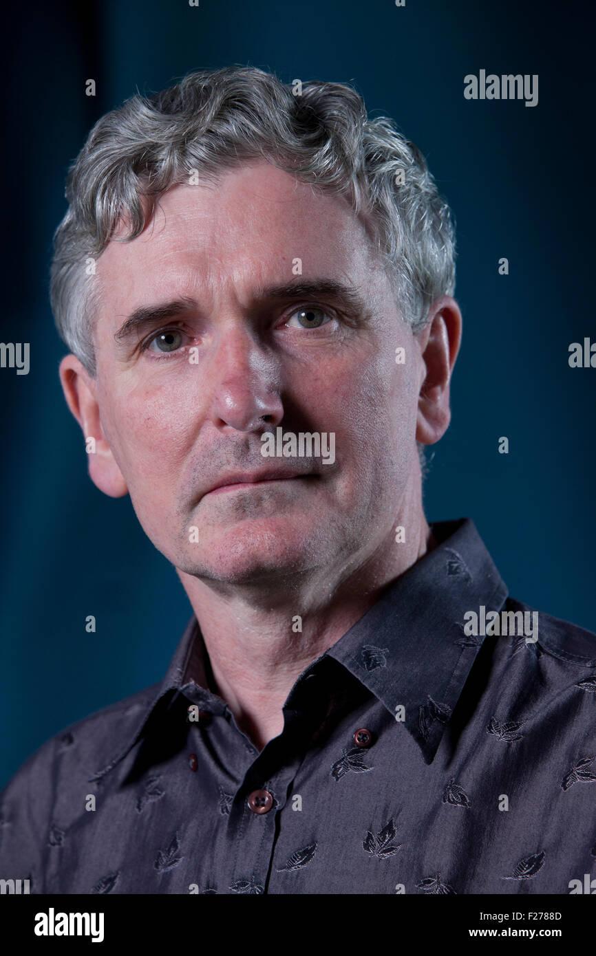 Mike Carey, der britische Schriftsteller der Comic-Bücher, Romane und Filme  auf dem Edinburgh International Book Festival 2015. Edinburgh, Schottland.  22.