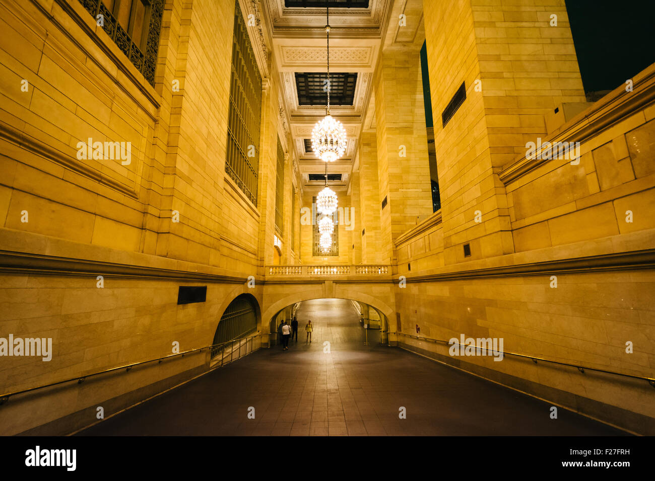 Gehweg am Grand Central Station, in Midtown Manhattan, New York. Stockbild