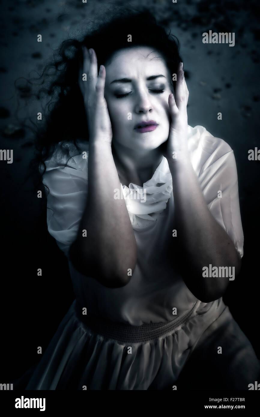 eine Frau in Not Stockbild