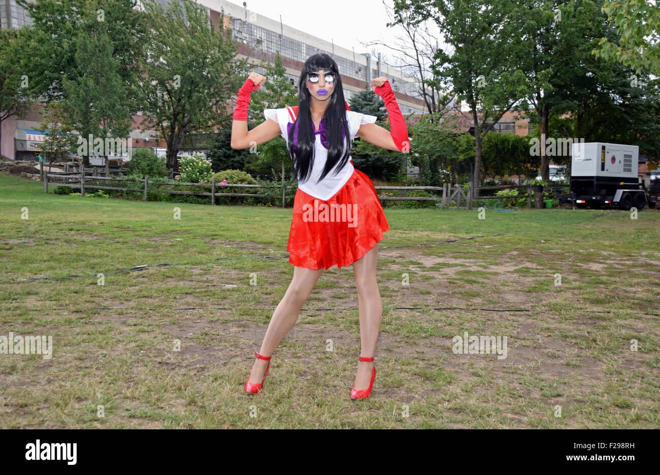 Drag Queen Costume Stockfotos & Drag Queen Costume Bilder - Seite 3 ...