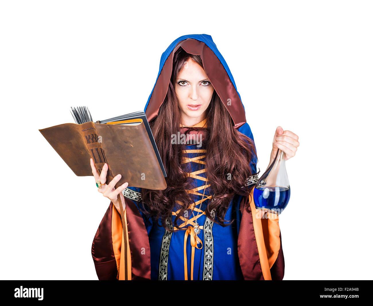 Schöne junge Halloween Hexe Vintage gothic Kleid mit Kapuze