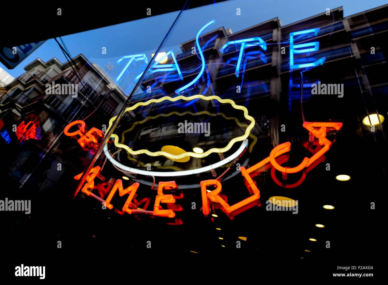 der Shop Geschmack von Amerika-la Tienda Geschmack von Amerika Stockbild