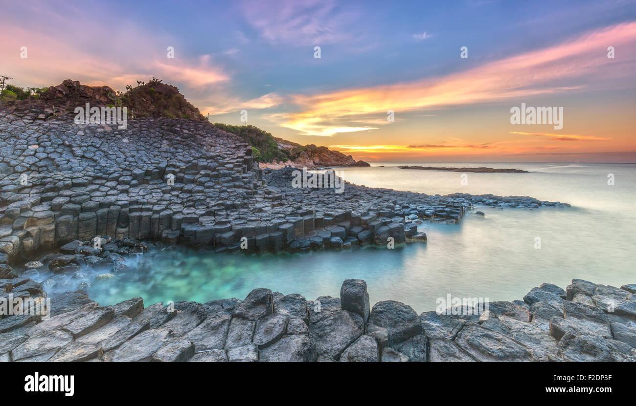 Sonnenaufgang am Ganh Da Dia, Vietnam Stockbild
