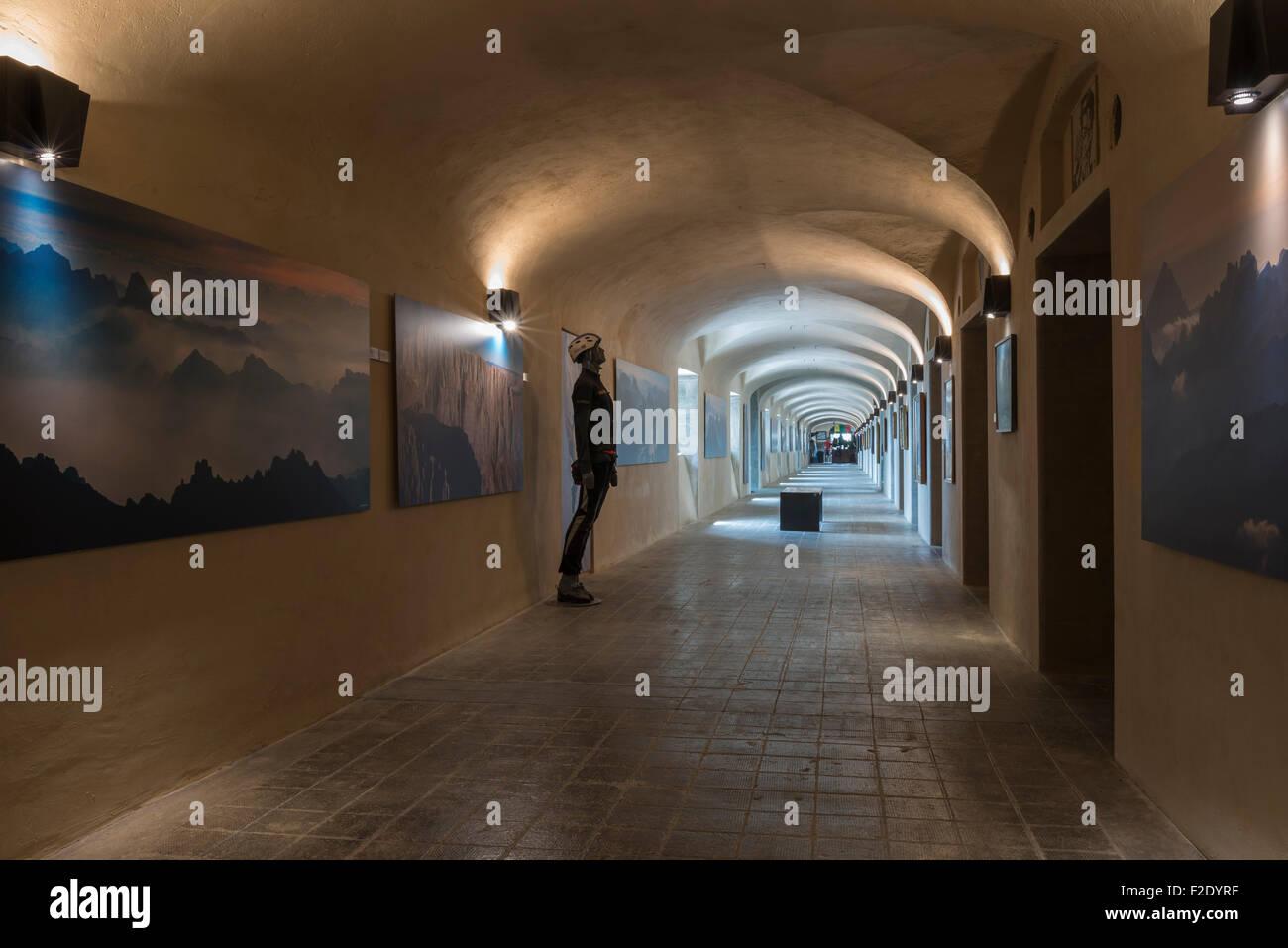 Museum Dolomiten, Museum in den Wolken, Innenaufnahme, Zugehörigkeit zu Messner Mountain Museum, ehemaligen Stockbild