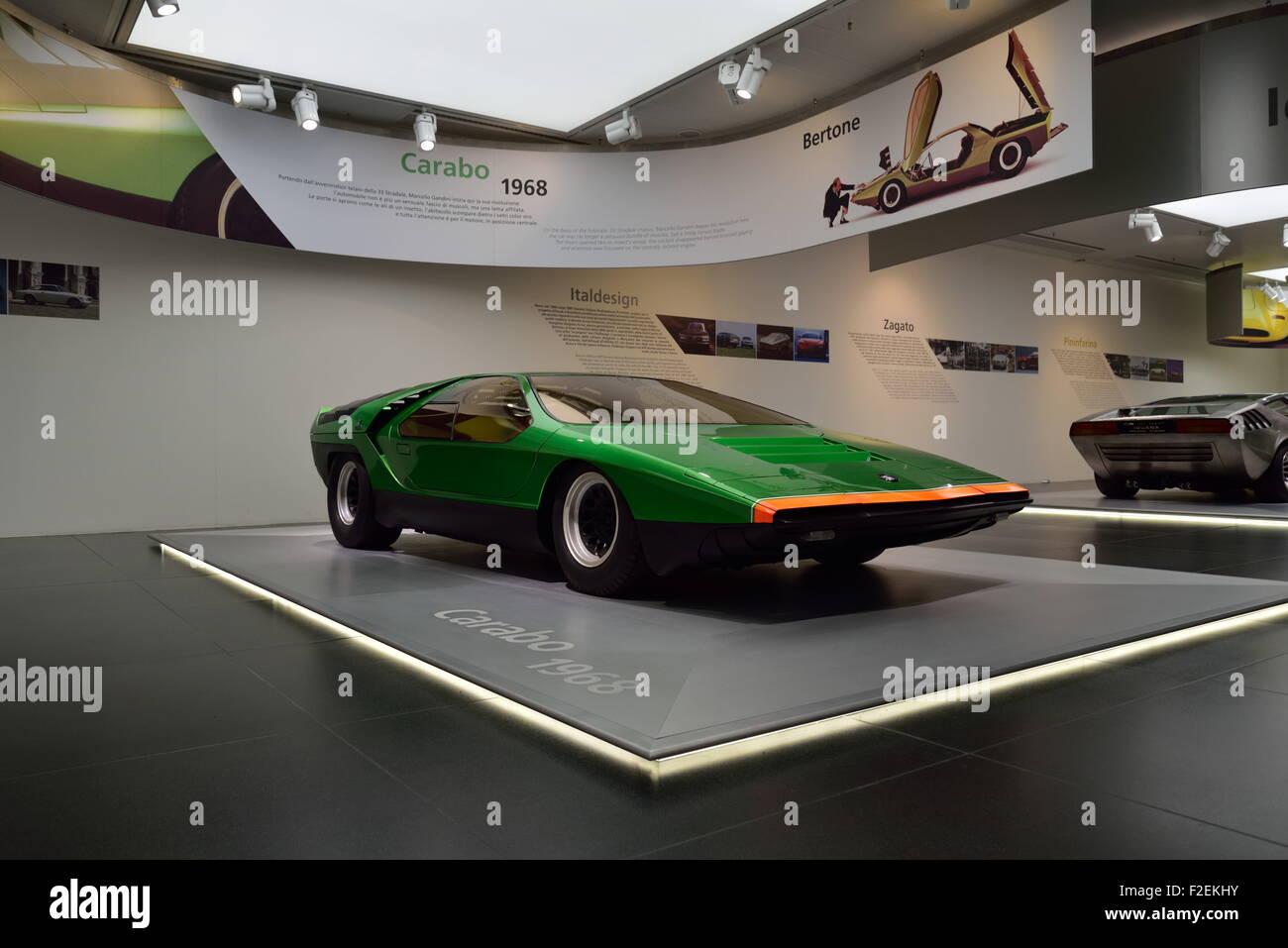 1968 alfa romeo bertone carabo konzept im alfa-romeo-museum in arese